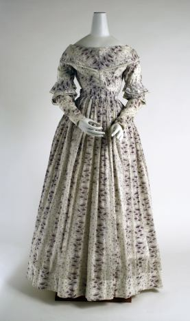 Morning dress, British, 1837–40. Cotton. The Metropolitan Museum of Art, Purchase, Irene Lewisohn Bequest, 1975, 1975.128.9. www.metmuseum.org Fashionable dresses in the late 1830s moved away from the enormous sleeves that had recently been popular.