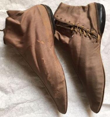 Gaiter boots