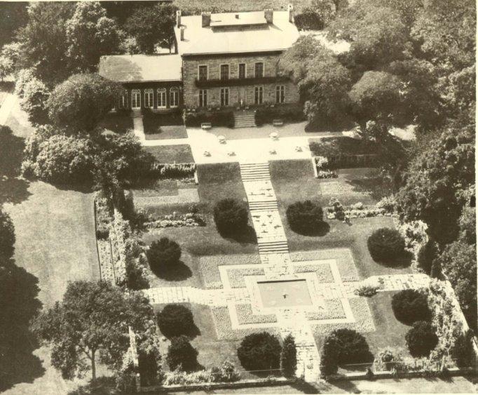 1936 Bartow-Pell Formal Garden